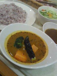 渋谷 カレーの王様 スープカレーとビーフカレーのツインカレー