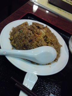 表参道 福縁 黒酢醤油炒飯とチャーシュー麺